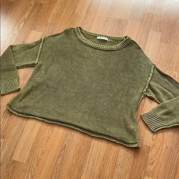 Green knit sweater (M)